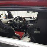 Barra cromada del interior del Nismo 370Z V6