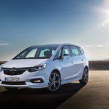 LEDs delanteros del Opel Zafira Diésel