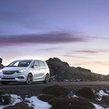 Parabrisas delantero del nuevo Opel monovolumen 2017
