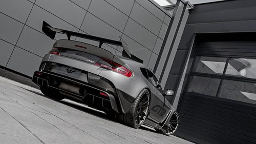 Escapes del nuevo Aston Martin GT12 de Wheelsandmore