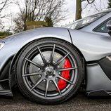Frenos delanteros del McLaren P1 V8