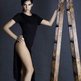 Monster Girl Marta Aranda con escalera