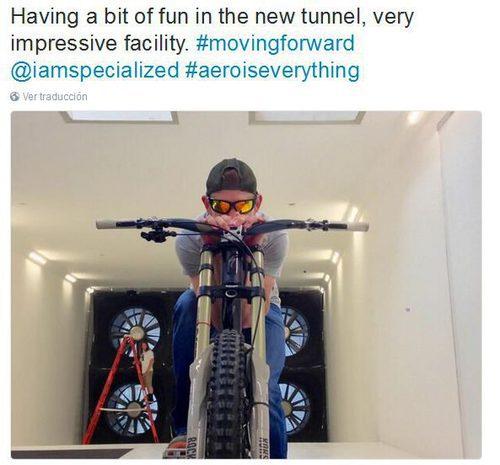 Aventuras Casey Stoner - bicicleta