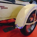 Autoretro Barcelona 2016 - Harley Davidson sidecar rueda