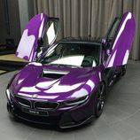BMW i8 morado - puertas
