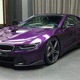 BMW i8 morado - capo