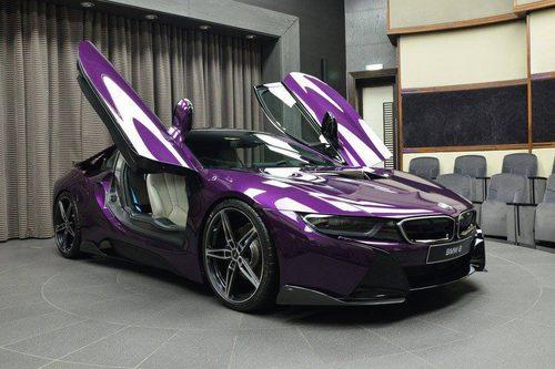 BMW i8 morado - alas