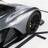 Aston Martin AM-RB 001 - Llantas