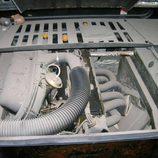 BMW M1 - motor sucio