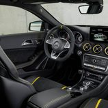 Mercedes-AMG GLA 45 - Interior
