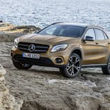 Mercedes-Benz GLA 2017 - LEDs