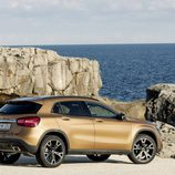 Mercedes-Benz GLA 2017 - LED