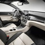 Mercedes-Benz GLA 2017 - Interior