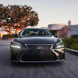 Lexus LS 2018 - Frontales