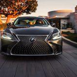 Lexus LS 2018 - Acero