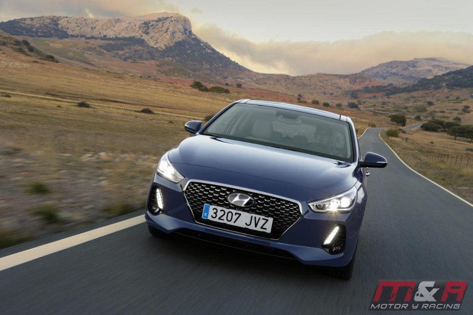 Hyundai presentó el i30 Link