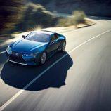 Deslumbrante Lexus LC Structural Blue Edition