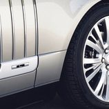 Land Rover presentó su nueva Range Rover SV Autobiography