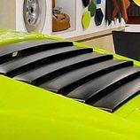 La interesante restauración de un Lamborghini Miura P400 y un Countach LP400
