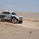 Nasser Al-Attiyah en  el desierto de Atacama