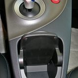 Toyota Prius: Detalle portabebidas