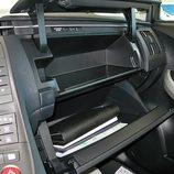 Toyota Prius: Guantera (II)