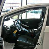 Toyota Prius: Detalle interior lado conductor