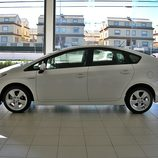 Toyota Prius: Lateral