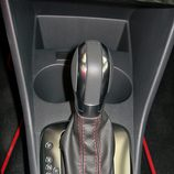 Volkswagen Polo GTI: Palanca de cambios
