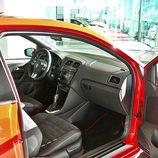 Volkswagen Polo GTI: Acceso lado pasajero