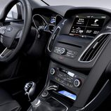 Ford Focus 2015 consola central
