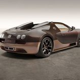 Vista lateral trasera del Bugatti Veyron rembrandt Bugatti