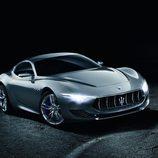 Maserati Alfieri agresiva mirada