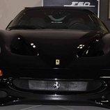 Sale a la venta un Ferrari F50 Nero Daytona