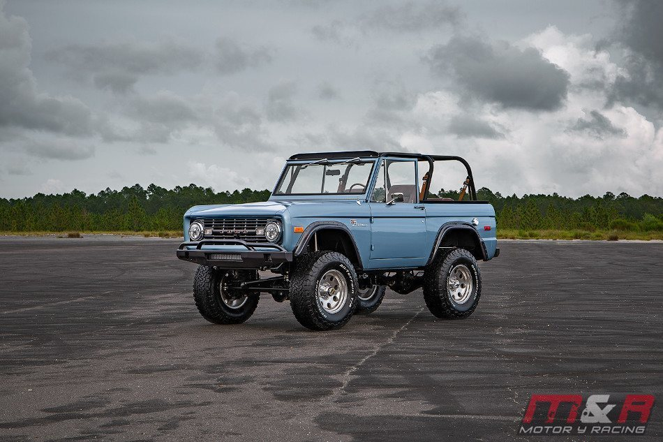 Espectacular Ford Bronco 1973 by Velocity Restorations