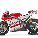 Vista lateral Ducati Desmosecidi GP14 de Dovizioso