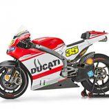 Vista lateral Ducati Desmosecidi GP14 de Crutchlow