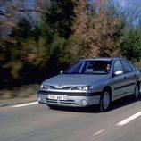 Renault Laguna I Fase II: En Ruta