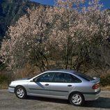 Renault Laguna I Fase II: Te llevará donde le pidas