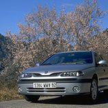Renault Laguna I Fase II: Bueno en las rutas