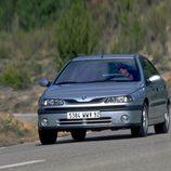 Renault Laguna I Fase II: En carretera