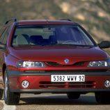 Renault Laguna I Fase II Break: Frontal