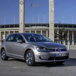 Volkswagen e-Golf - tres cuartos delantero plano estático