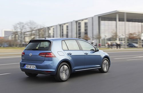 Volkswagen e-Golf - vista trasera