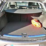 Seat León ST: Maletero modulable con doble fondo, visto de frente
