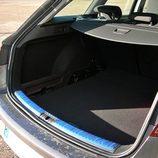 Seat León ST: Maletero modulable sin doble fondo disponible, visto desde el lateral