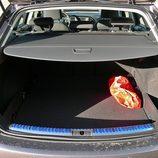 Seat León ST: Maletero con bandeja desplegada