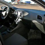 Seat León ST: Tablero de abordo desde el lado del pasajero
