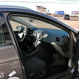 Seat León ST: Acceso al lado del pasajero