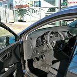 Seat León ST: Acceso lado conductor